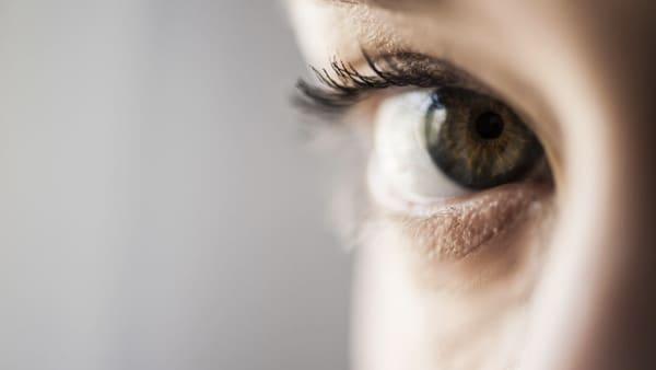 chirurgie des paupieres ectropion paris chirurgie des paupieres par ophtalmologiste maladies des yeux docteur nathalie butel ophtalmologiste paris 16 ophtalmologue paris 16