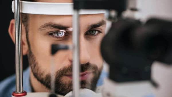 decollement retine decollement du vitre traitement le strabisme keratocone maladies des yeux docteur nathalie butel ophtalmologiste paris 16 ophtalmologue paris 16